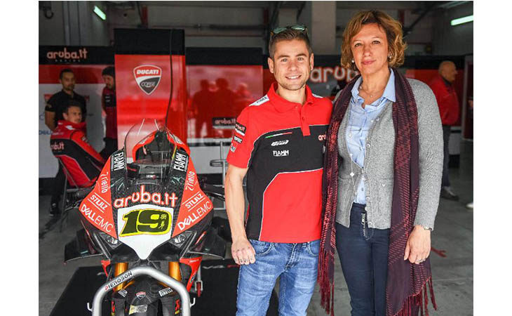 «Anticipo» di Superbike a Imola, in pista le Ducati di Bautista e Davies. IL VIDEO