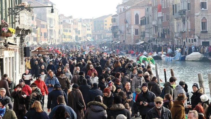 """Il 7 maggio a Villa Torano la conferenza """"La Fisica e la città: il modello Venezia per la gestione dei flussi turistici'"""