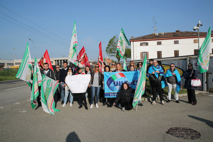 Mercatone Uno, il 18 aprile hanno fatto sciopero anche molti impiegati del centro direzionale di Imola