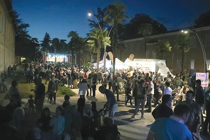 Cibo, musica e animazioni da oggi a domenica nel parco dell'Osservanza con l'Imola International Street Food