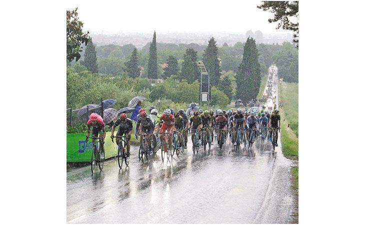 Ciclismo, il Giro d'Italia che scatta oggi passerà anche tra Sesto Imolese e Villa Fontana