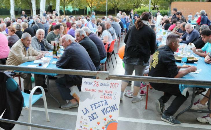 Venerdì 31 maggio torna la Festa dei vicini, il decalogo del Comune per organizzare un evento perfetto