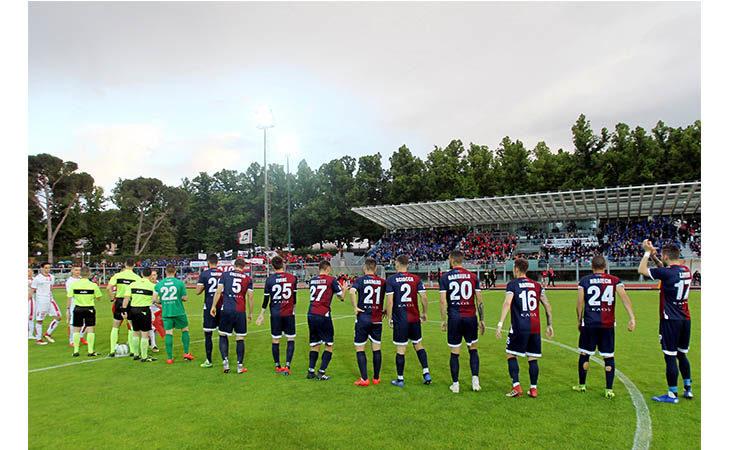 Calcio serie C andata semifinale play-off, domani è il giorno di Imolese-Piacenza