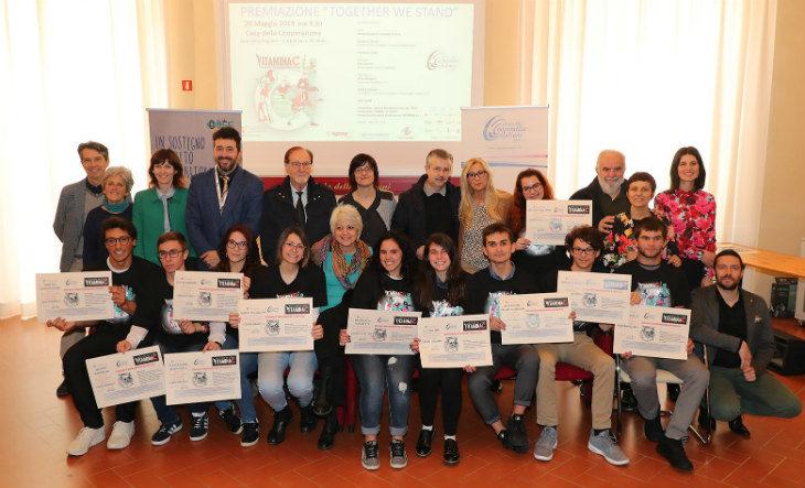 Tutti i vincitori di Vitamina C, il concorso che premia le migliori idee d'impresa degli studenti delle scuole superiori
