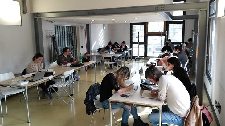 Tempo d'esami, orari più ampi per la sala studio autogestita dai giovani a  Castello