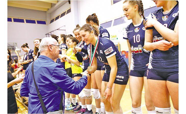 Pallavolo, l'addio alla Clai di Claudia Zanotti: «Chiudo con una promozione, ma starò vicina alle ragazze»