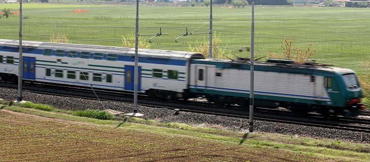 Treni cancellati e ritardi sulla linea Bologna-Rimini, investimento mortale nel forlivese