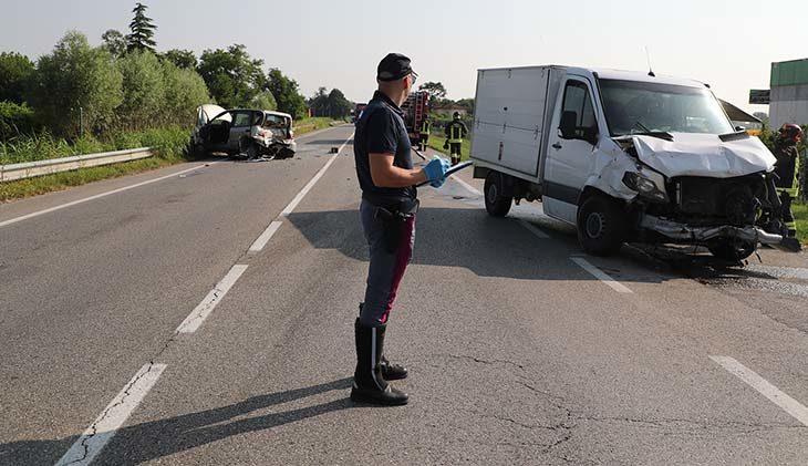 Incidente sulla Selice, paura per rischio esplosione e strada chiusa
