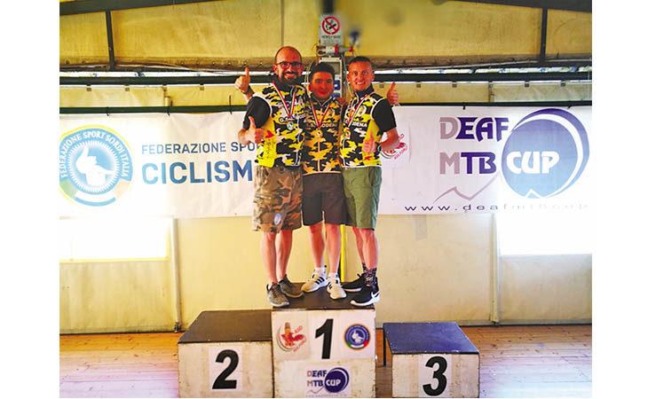 Mountain bike, oro tricolore per Luca Plazzi nella staffetta non udenti