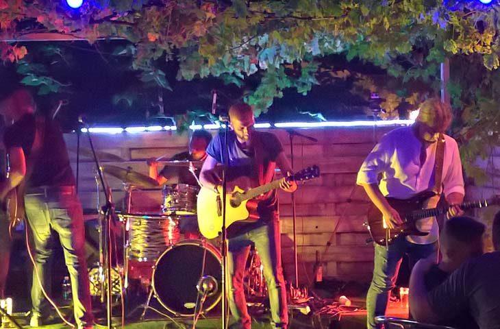 Due concerti in Sardegna per gli imolesi No dimora