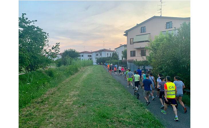 «Camminacittà», a Imola dalla Bocciofila si va in direzione «Campanella»