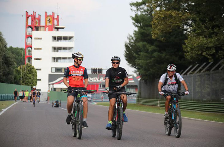 Autodromo senza sponsor sulla torre