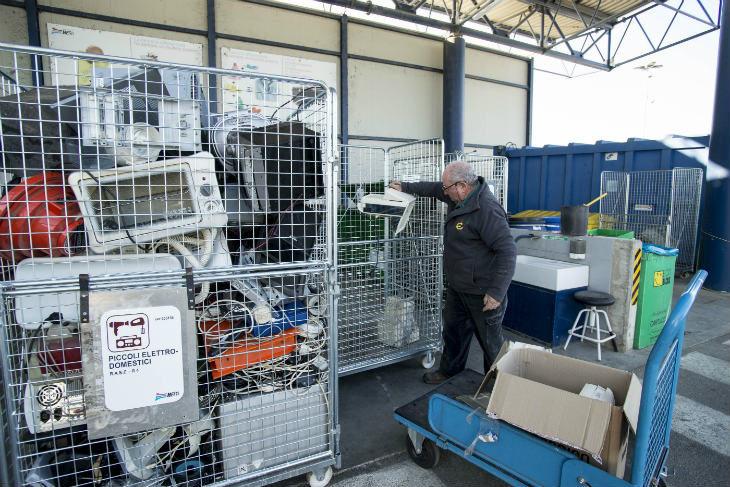 Rifiuti, accessi in aumento nei primi sei mesi del 2019 alle stazioni ecologiche del circondario imolese