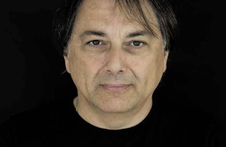 Fabio Mundadori ripropone il noir «Occhi viola» in versione ampliata per la collana Zero di Bacchilega editore