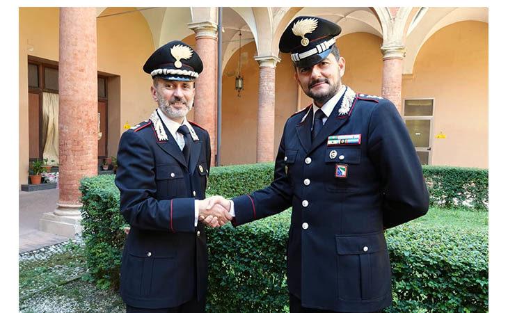 Dopo cinque anni il Maggiore Claudio Gallù lascia il comando dei carabinieri di Imola. Al suo posto il Capitano Andrea Oxilia