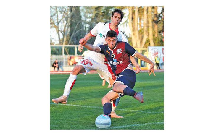Calcio serie C, l'ex rossoblù Simone Rossetti presenta Imolese-Modena: «Se segno non esulto»