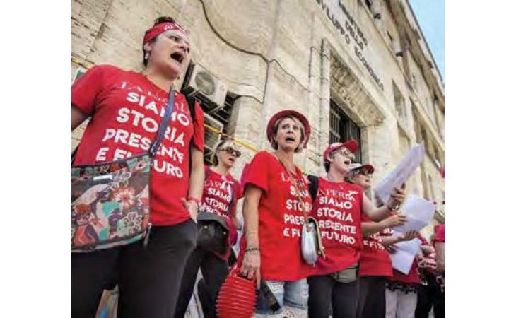 La Perla debutta in Borsa a Parigi, ma i licenziamenti di 126 lavoratrici sono ancora in sospeso