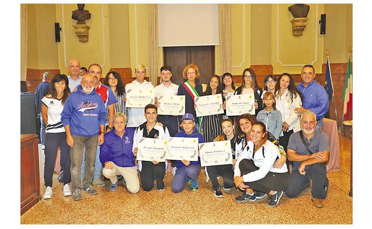Giovani campioncini imolesi Under 18 premiati in Comune
