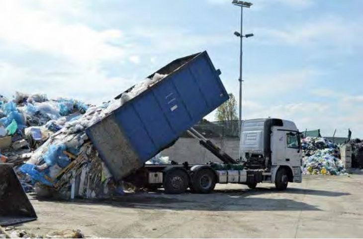 Dove vanno i rifiuti prodotti dalle aziende? Facciamo il punto con il direttore del Consorzio Astra di Faenza