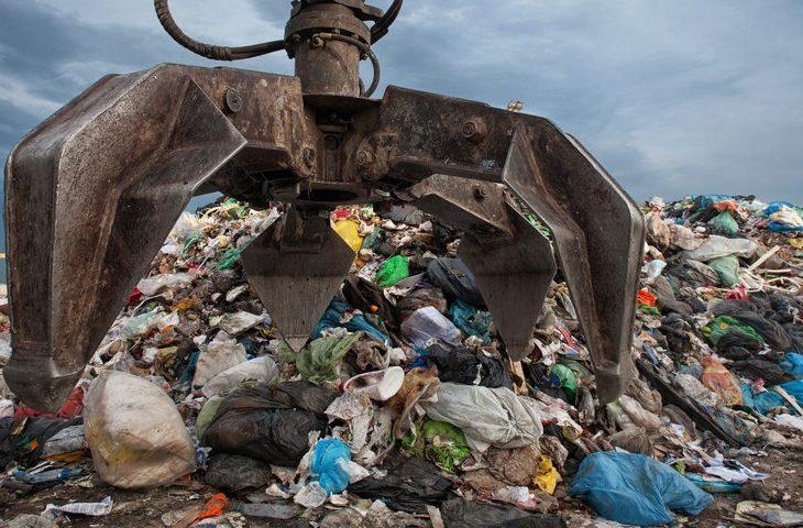 """Allarme di Confindustria Emilia-Romagna: """"Recupero dei rifiuti, economia poco circolare'"""