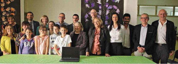 Dieci nuovi pc per la scuola Carducci al posto di quelli rubati ad aprile grazie alla gara di solidarietà collettiva