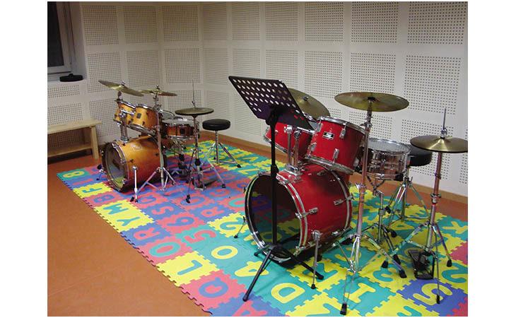 Domani la scuola Vassura Baroncini festeggia i quarant'anni di musica