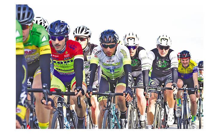 Ciclismo, addio alle gare con il botto per l'Elite imolese Filippo Bedeschi?