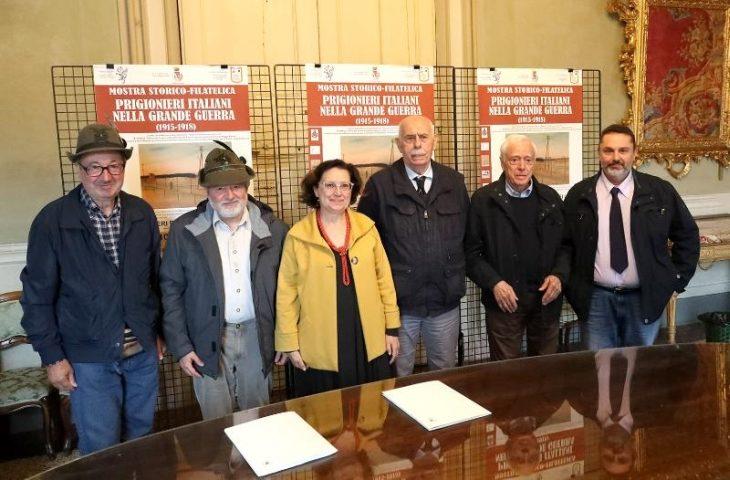 """Inaugurata la mostra filatelica """"Prigionieri italiani nella Grande Guerra'. Oggi l'annullo filatelico speciale (fino alle 12.30)"""