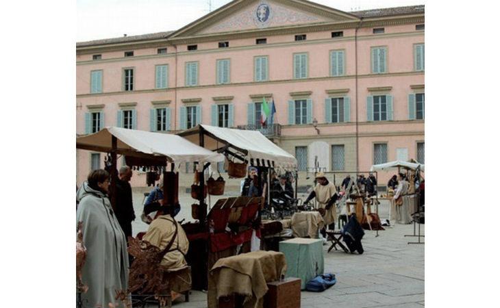 Torna «L'Antico Castello» tra il Medioevo di Dante e l'omaggio a Leonardo Da Vinci
