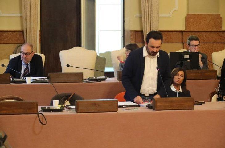 """Frati: """"Consiglio straordinario o Giunta entro lunedì per ritirare le linee di indirizzo sulla nuova gestione del Ruggi'"""
