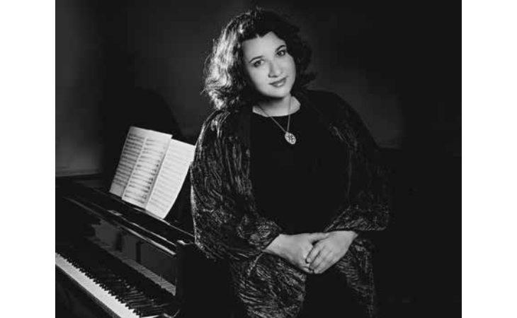 Il piano di Sofya Gulyak in concerto per l'Emilia Romagna Festival al teatro Comunale di Imola