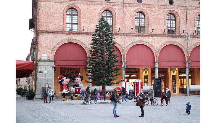 Sabato 30 novembre l'accensione delle luminarie e dell'albero di Natale a Imola