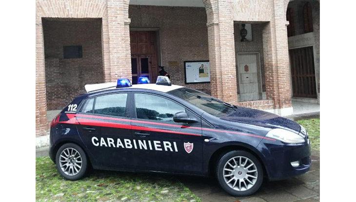 Tenta di rubare una bici fuori dal convento, 31enne denunciato