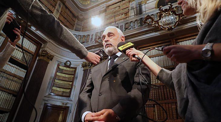 """Le priorità del commissario Nicola Izzo per il bilancio: """"Sicurezza per scuole e luoghi pubblici, e controlliamo i ponti'"""