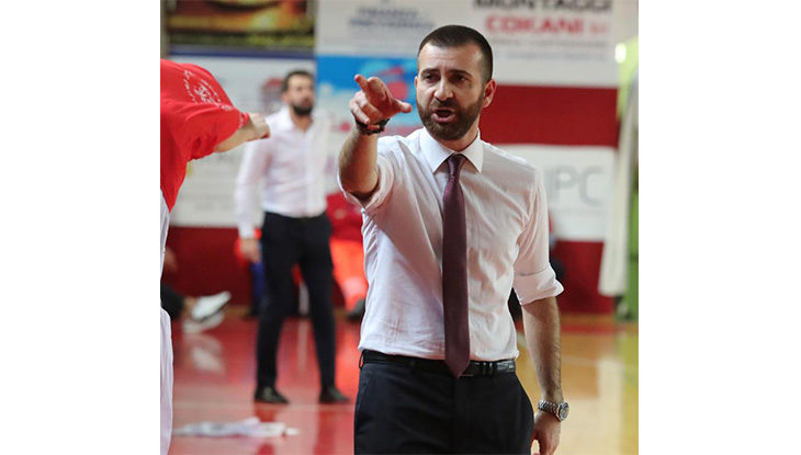 Basket A2, un'autorevole Andrea Costa conquista il derby contro Ferrara