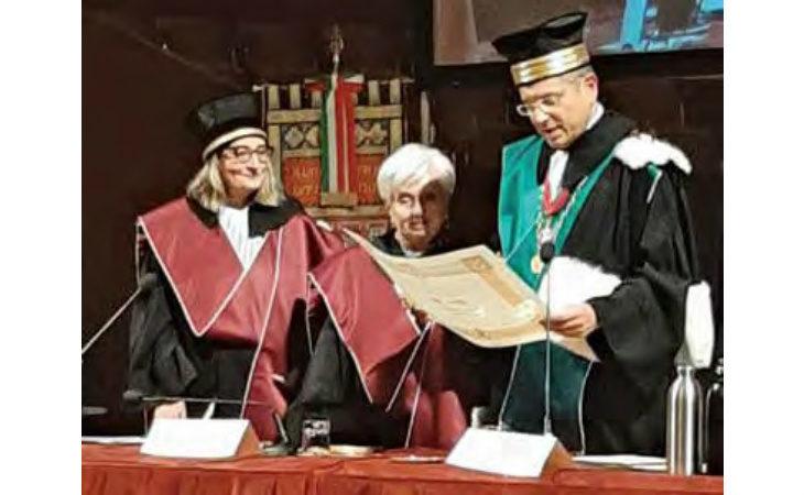Tra i riconoscimenti ad Adriana Lodi anche la laura ad honorem in Pedagogia dall'Università di Bologna