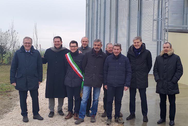 """Cesac inaugura sei nuovi silos per cereali a Medicina: """"Superata la crisi, ora si investe'"""