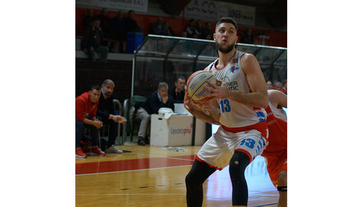 Basket serie B, dolce Natale per la Sinermatic che centra la terza vittoria consecutiva