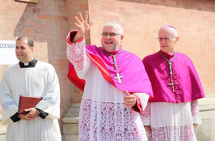 Gli auguri per le festività natalizie del vescovo di Imola Giovanni Mosciatti. IL VIDEO
