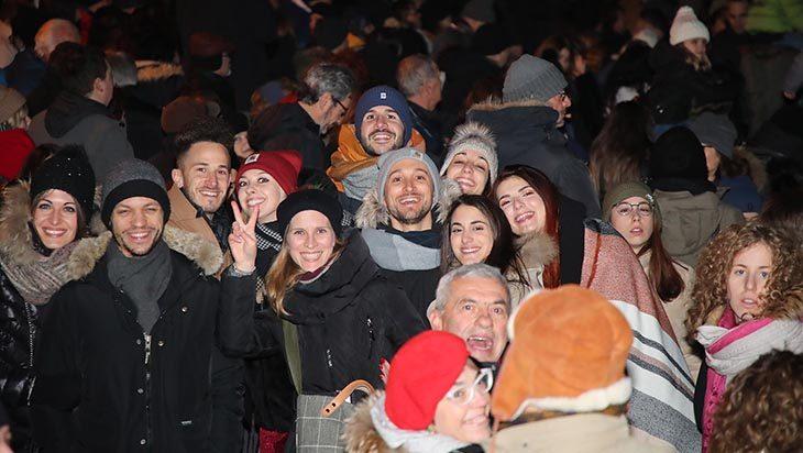Capodanno 2020 in giro per Imola tra Rocca, Natale Zero Pare e porta Montanara – VIDEO