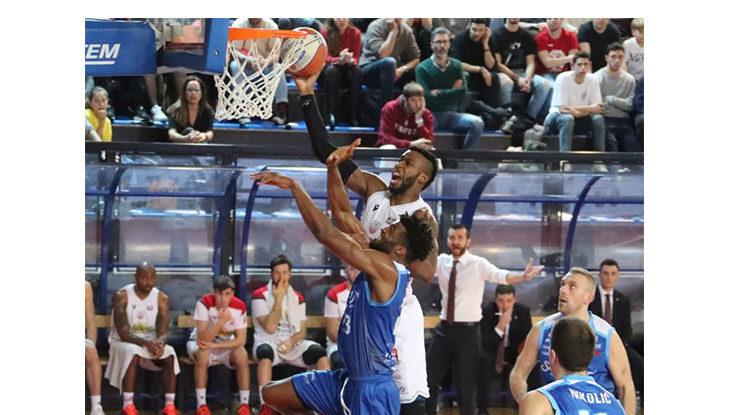 Basket A2, crollo verticale per l'Andrea Costa a Piacenza