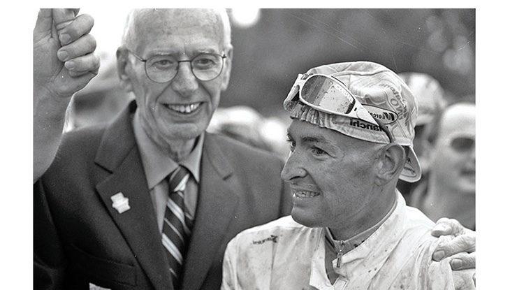 Cinquant'anni fa nasceva Marco Pantani. Quando la «doppietta» Giro-Tour nacque nel salotto di Luciano Pezzi a Dozza