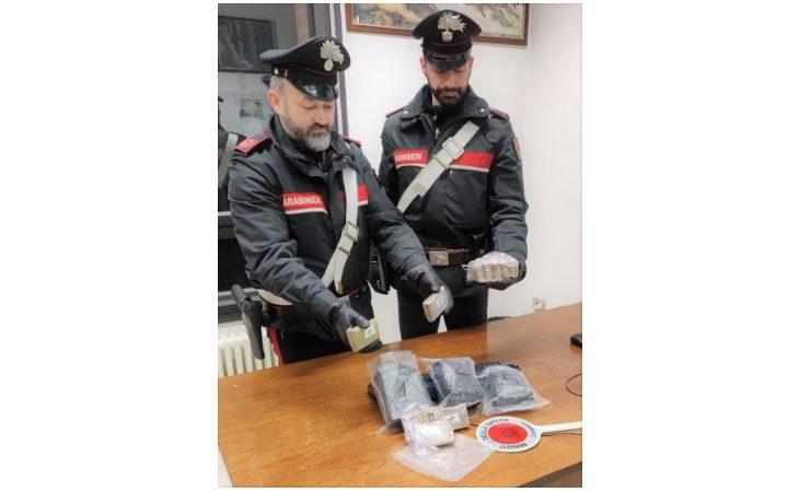 Sorpreso con 2,5 kg di hashish in auto, arrestato 46enne di Medicina