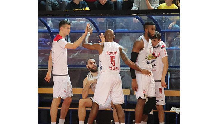 Basket A2 | All'Andrea Costa non bastano gli americani per superare Mantova