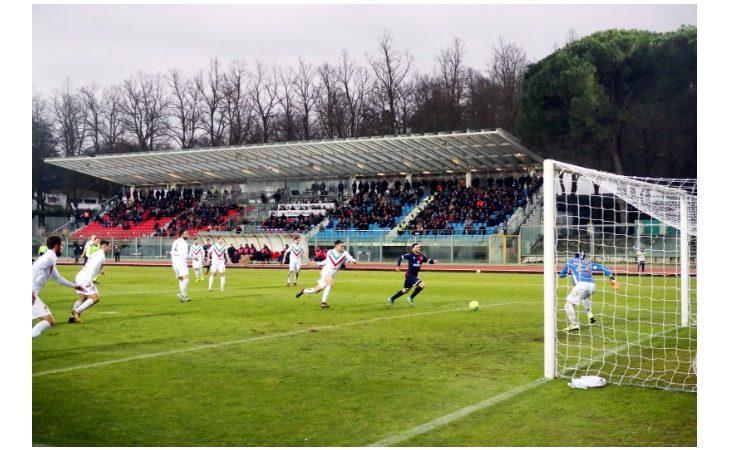 Calcio serie C, l'Imolese punta sui nuovi acquisti: Chinellato e Ferretti titolari nel derby