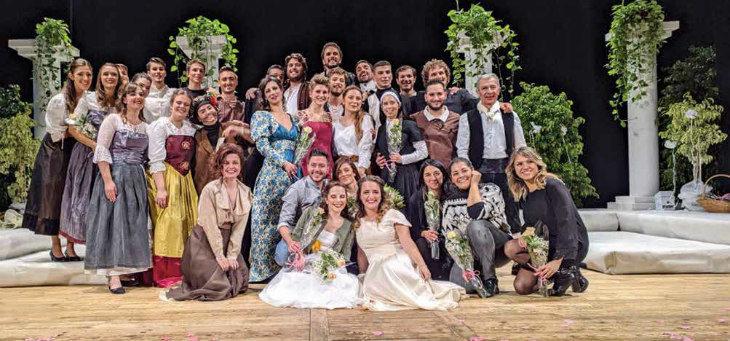 I giovani della Primavera di San Giacomo al teatro Osservanza in «Molto rumore per nulla»