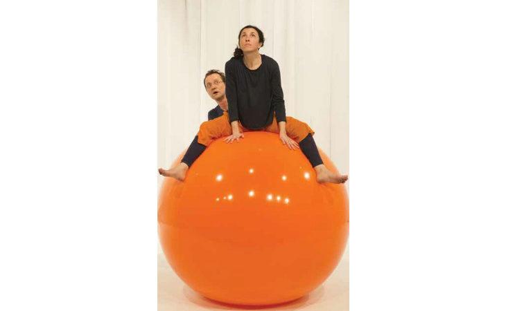 Un «Girotondo» con la palla al Magazzino Verde per bambini da uno a cinque anni
