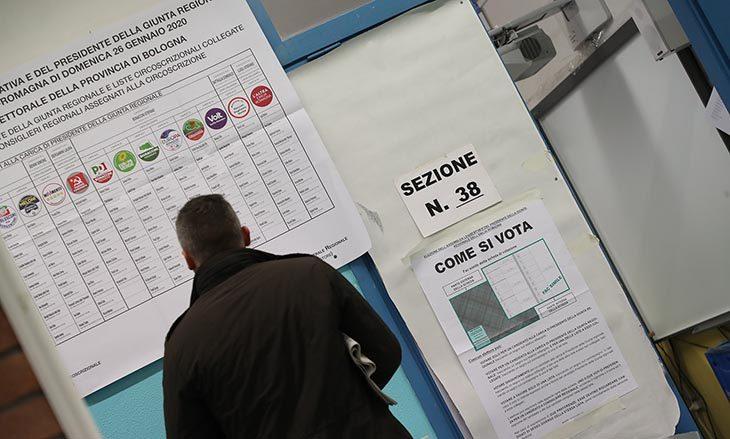 #ElezioniRegionali2020, si conferma il boom di votanti, alle 23 l'affluenza a Imola è del 69,39%