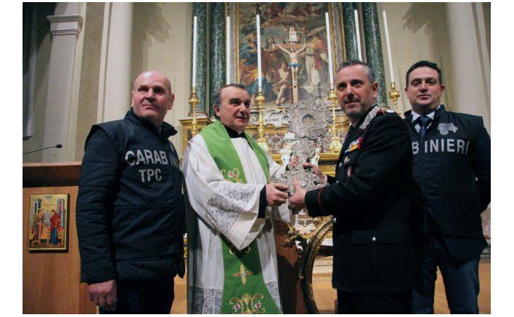 Riconsegnati alla chiesa di Santa Maria Maggiore di Castel San Pietro una parte degli oggetti rubati nel 2010