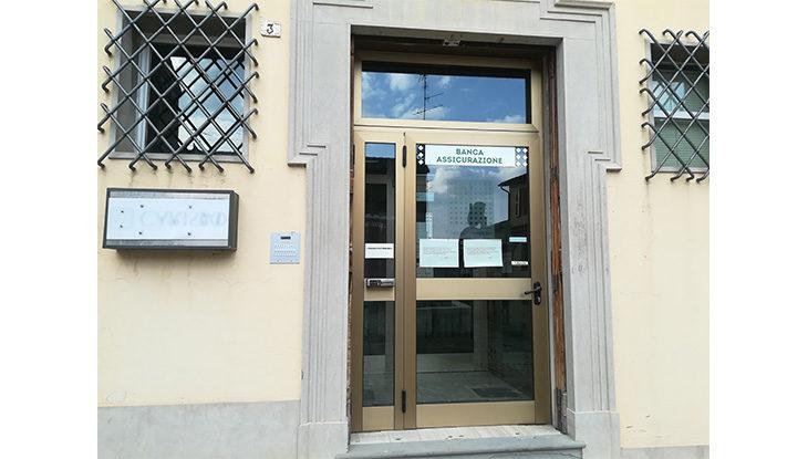 Chiude la Carisbo di via XX Settembre, Dozza senza banca nel Borgo antico